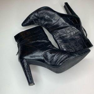 Stuart Weitzman Alligator Ankle Boots - Size 10